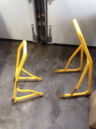 Wheel Stand Hartford CT